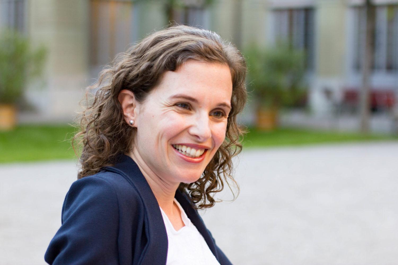Yvonne Lambrigger: Die Stimme aus dem Radio