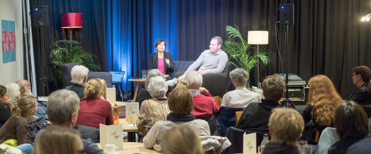 Viele interessierte Besucher am Talk über NoBillag. - Bild: Robin Glauser